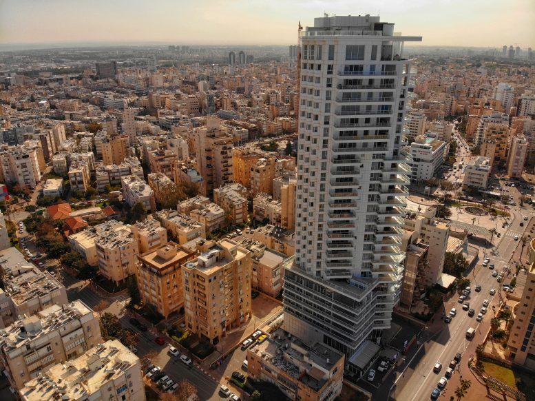 1237-01-02 מגדל דוד